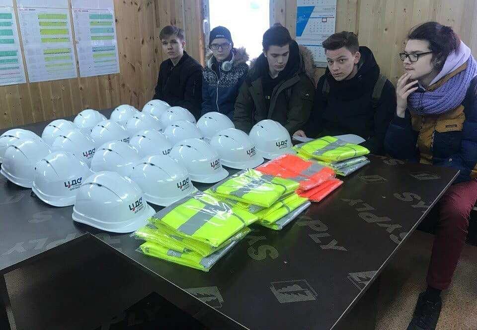 Экскурсия студентов на строительную площадку ИСК