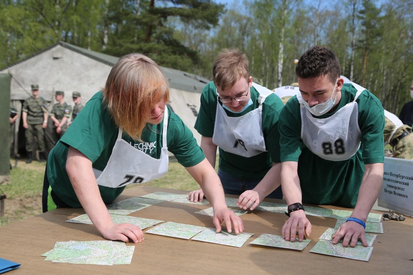 Студенты ИСИ приняли участие в олимпиаде по военной топографии